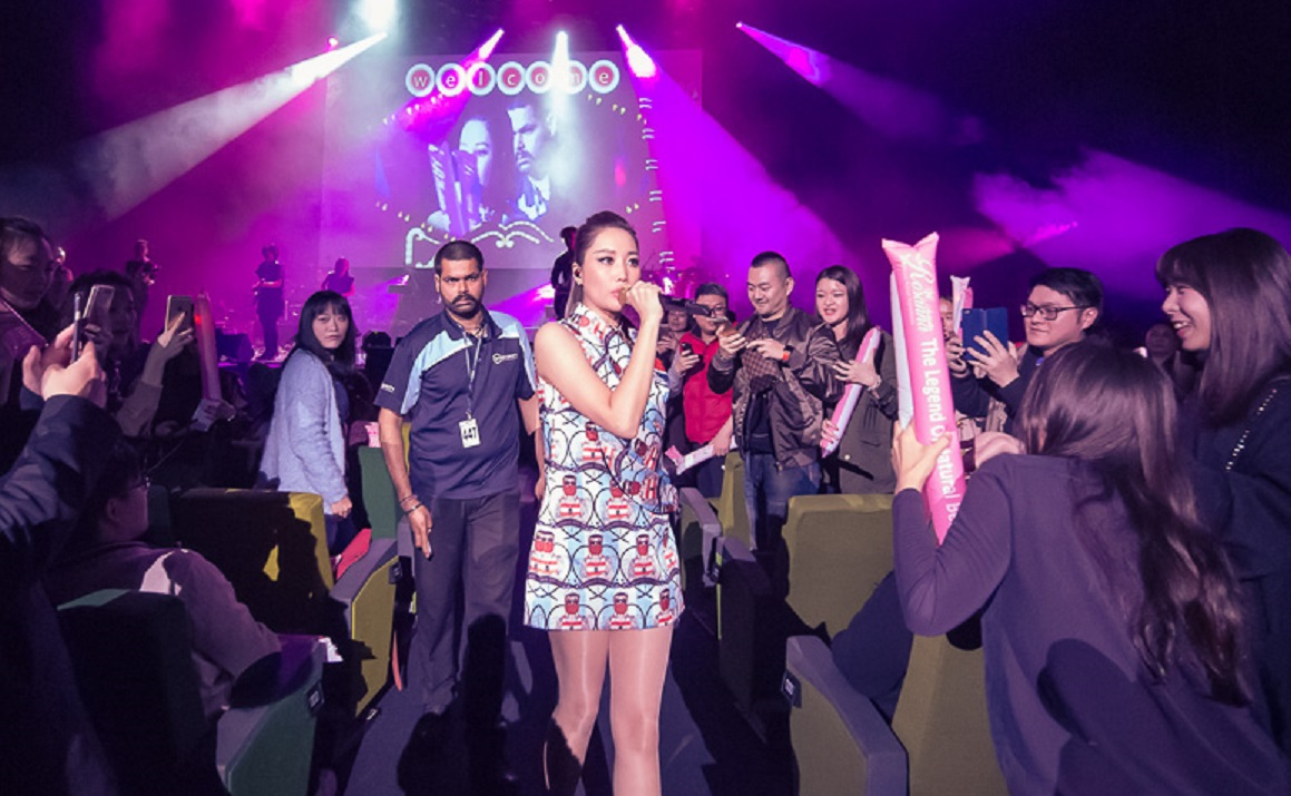 rosanna-as-exclusive-beauty-industry-sponsor-on-a-lin-sonar-concert